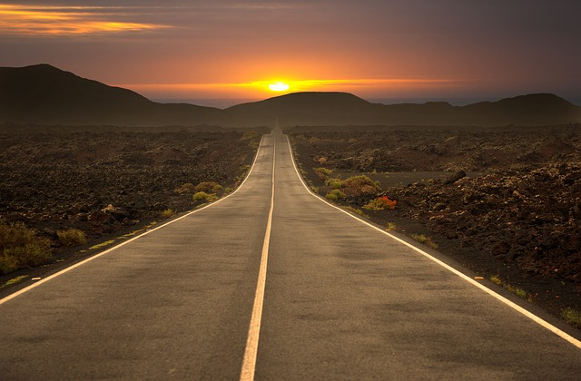 road-3186188_640