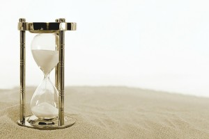 hourglass-2910948_640
